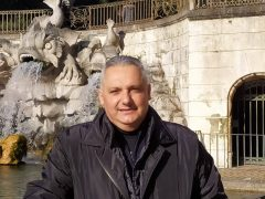https://ilcaudino.it/cronaca-tragedia-allalba-muore-maresciallo-dellaeronautica-di-51-anni-uid-5/